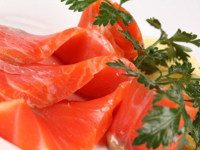 красная рыба для кормящей мамы
