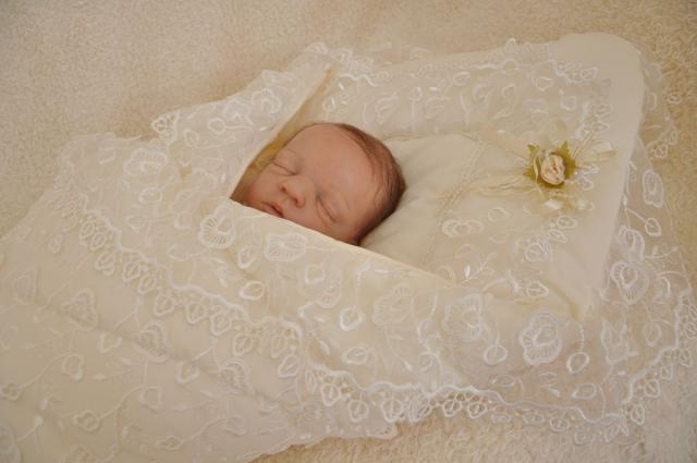 Одеяло для новорожденного: виды, особенности, комфортные варианты для выписки