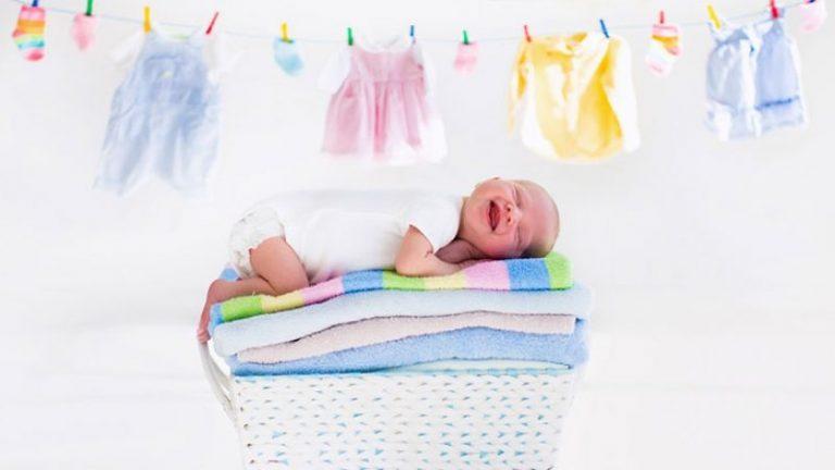 Большая стирка: как выбрать порошок для новорожденных