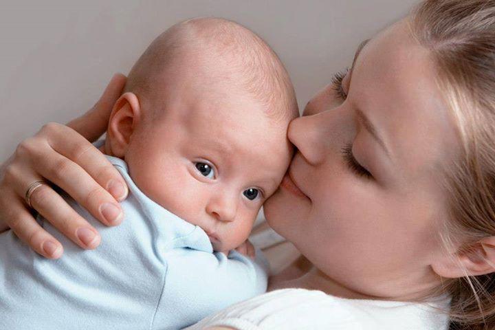 удержание головки малыша