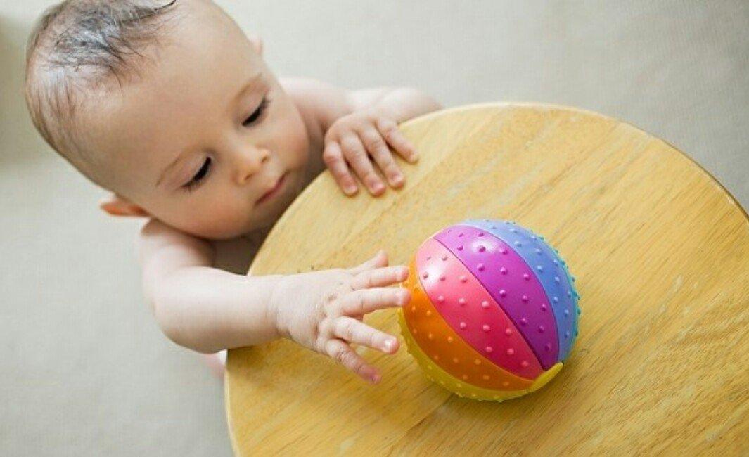 белье что умеет малыш в 11 месяцев полотна