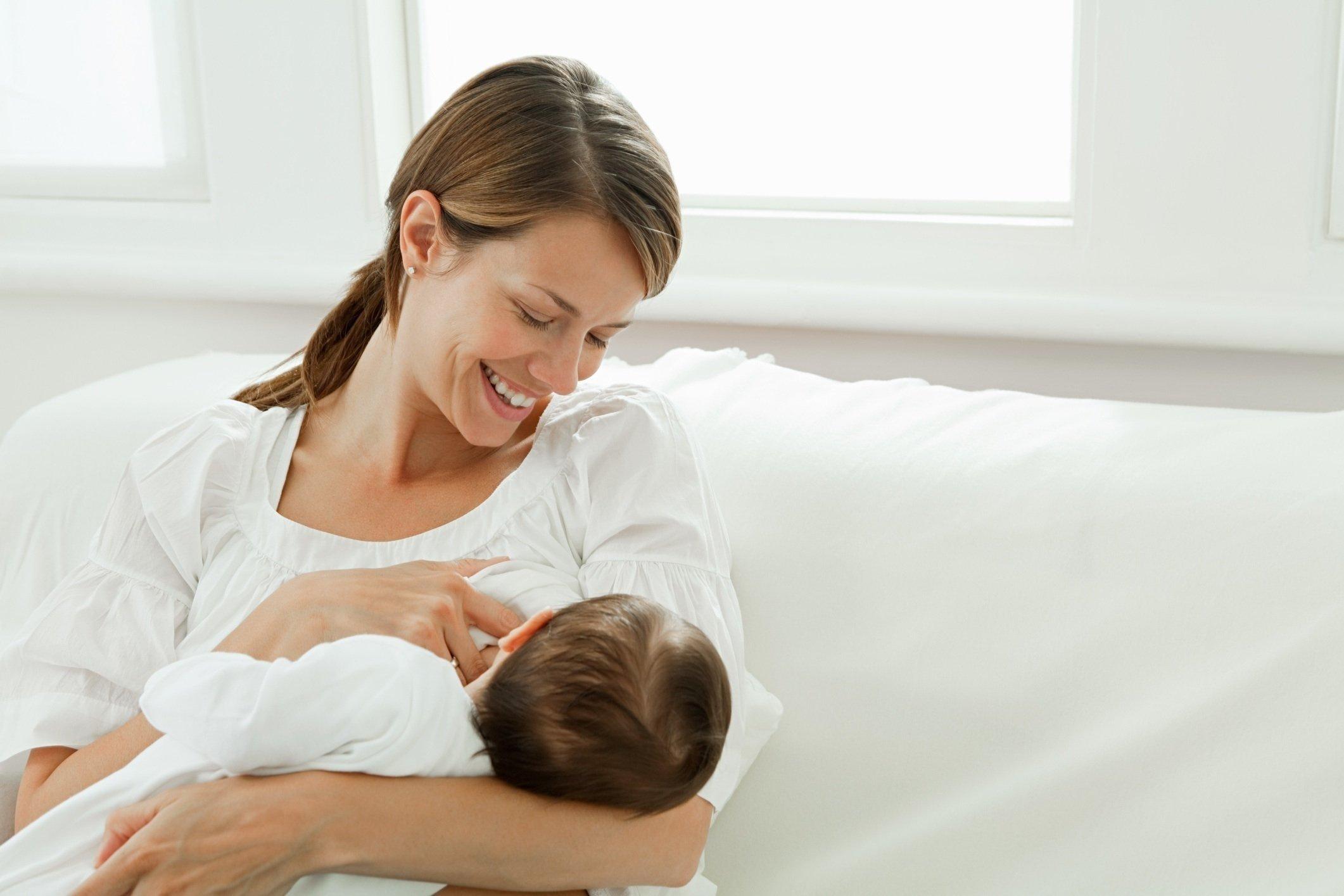 Безболезненное отучение ребенка от груди
