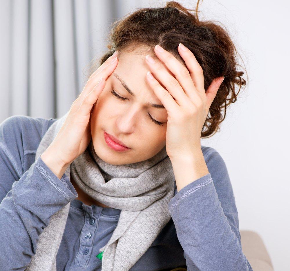 Как вылечить головную боль во время лактации?