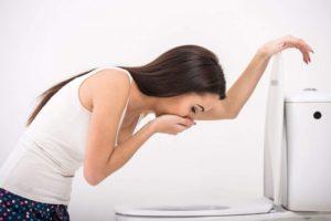 причины диареи после родов